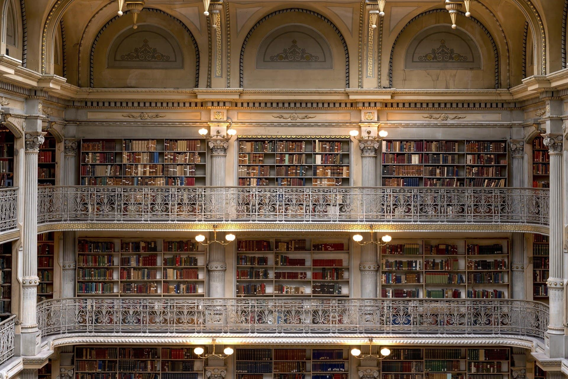 Conservación Preventiva en archivos y bibliotecas